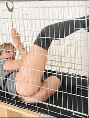 Tugjob. Cuffed caged mature. - Unique Bondage - Pic 14