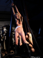 Xxx slave. Blonde Bambi was a bad pupil so - Unique Bondage - Pic 4