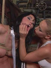 Femdom porn. Lory can also be a dominatable - Unique Bondage - Pic 11