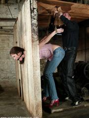 Female humiliation. Submissive Faith endures - Unique Bondage - Pic 2