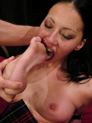 Roughsex. Submissive Veronica Jett is bound, - Unique Bondage - Pic 7