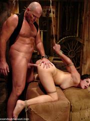 Female humiliation. Bobbi Starr, bondage and - Unique Bondage - Pic 8