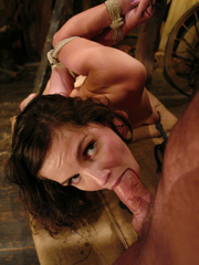 Female humiliation. Bobbi Starr, bondage and - Unique Bondage - Pic 9