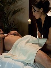 Rough xxx. Busted Asian sex masseuse bound - Unique Bondage - Pic 2