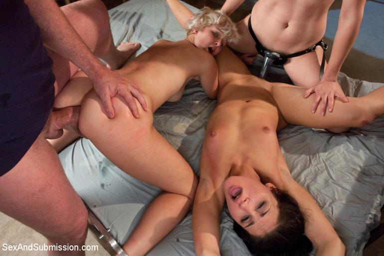 Disgraced porn. Girls submit to sex slave - Unique Bondage - Pic 13