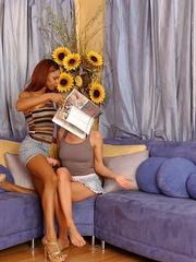 Strapon sex. StraponLesbians. - Unique Bondage - Pic 3