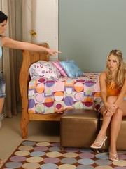 Lesbian. Blonde lesbian fucks a girl with a - Unique Bondage - Pic 1