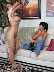 Lesbian galleries. StraponLesbians. - Unique Bondage - Pic 11