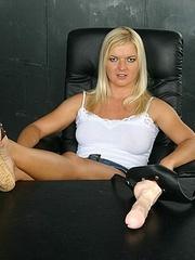 Horny lesbian. StraponLesbians. - Unique Bondage - Pic 2