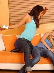 Xxx lesbian. StraponLesbians. - Unique Bondage - Pic 4