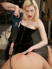 Xxx strap on. Whipped ass. - Unique Bondage - Pic 8