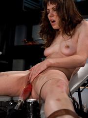Fucking machine porn. New girl fucks - Unique Bondage - Pic 3