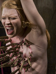 Machine fuck. Madison Young cums from hard - Unique Bondage - Pic 10