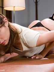 Machines fucking. Amber Rayne gets plugged - Unique Bondage - Pic 1