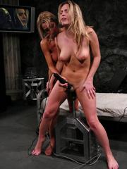 Sex machine. Harmony, Sammie Rhodes pussy - Unique Bondage - Pic 14