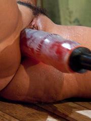 Mechanical sex machine. Charley Chase big - Unique Bondage - Pic 15