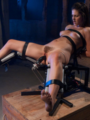 Sexmachine. Bobbi Star machine fucked while - Unique Bondage - Pic 5