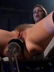 Sexmachine. Bobbi Star machine fucked while - Unique Bondage - Pic 6