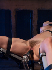 Sexmachine. Bobbi Star machine fucked while - Unique Bondage - Pic 7