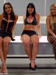 Sex machine sex. All anal machine fucking - Unique Bondage - Pic 1