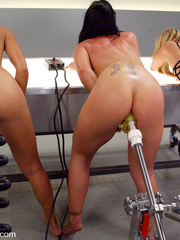 Sex machine sex. All anal machine fucking - Unique Bondage - Pic 2
