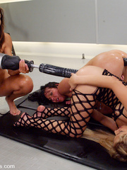Sex machine sex. All anal machine fucking - Unique Bondage - Pic 7