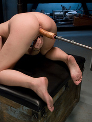 Fucking machine porn. Blonde newcomer - Unique Bondage - Pic 9