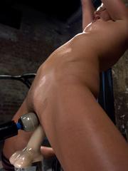 Mechanical sex machine. Toned blond is - Unique Bondage - Pic 13