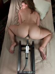 Fucking machine porn. Young hot blonde gets - Unique Bondage - Pic 4