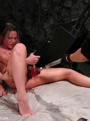 Girls sex machines. Harmony, Sammie Rhodes - Unique Bondage - Pic 15