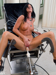 Fucking machine xxx. Tight hottie gets - Unique Bondage - Pic 3