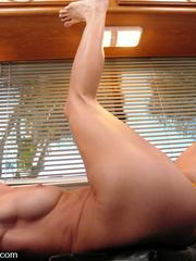 Adult sex machines. All natural hard body - Unique Bondage - Pic 7