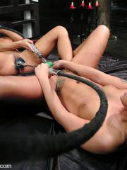 Fucking machines. Sandra Romain machine - Unique Bondage - Pic 6
