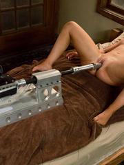 Love machine sex. Fucking Machines Sex. - Unique Bondage - Pic 15