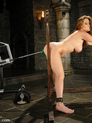 Fucking machines sex. Christina Carter gets - Unique Bondage - Pic 2