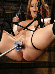 Fucking machines sex. Christina Carter gets - Unique Bondage - Pic 9