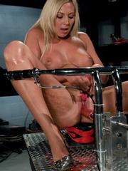Sex machine sex. Blonde hottie never before - Unique Bondage - Pic 4