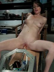 Fuckingmachines. Brand new girl machine - Unique Bondage - Pic 6