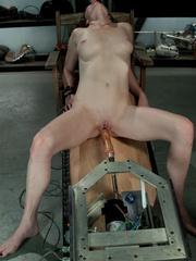 Fuckingmachines. Brand new girl machine - Unique Bondage - Pic 9