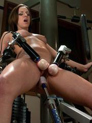Mechanical sex machine. Jada's perfect ass - Unique Bondage - Pic 8