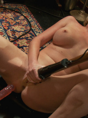 Adult sex machines. 3 rookie girls pussy - Unique Bondage - Pic 5