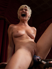 Fucking machine sex. Amateur Girl Machine - Unique Bondage - Pic 9