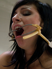 Sex machine orgasms. Smoking hot, Tori Luxe, - Unique Bondage - Pic 11