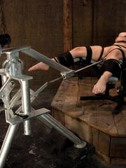 Sex machine porn. Harmony Rose, in her final - Unique Bondage - Pic 4