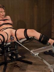 Sex machine porn. Harmony Rose, in her final - Unique Bondage - Pic 5