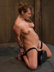 Sex machine porn. Harmony Rose, in her final - Unique Bondage - Pic 15