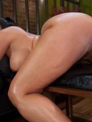 Sex machine porn. Kelly Divine machine - Unique Bondage - Pic 7