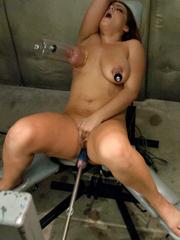 Sex machine porn. Big tits, tiny waist and - Unique Bondage - Pic 11
