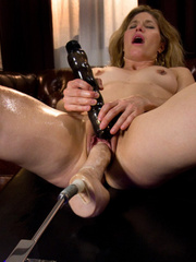 Sexmachine. BIG dong loving MILF with the - Unique Bondage - Pic 14