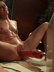 Extreme sex machines. Ariel X flexes her 300 - Unique Bondage - Pic 8